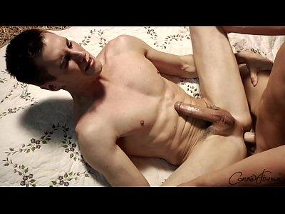 Video Porno Gay Brasileiro Com Novinho Peidando Na Rola Do Amigo