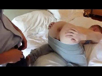 Xvideo Gay Brasil Novinho Ganha Beijo Grego Do Pai