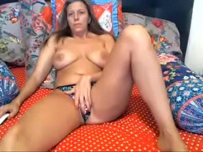 Porno Com Coroa Se Masturbando Na Web Can